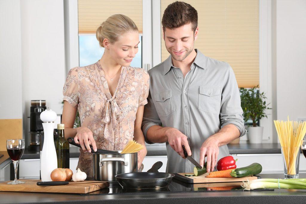 gemeinsam kochen wenn zusammenziehen