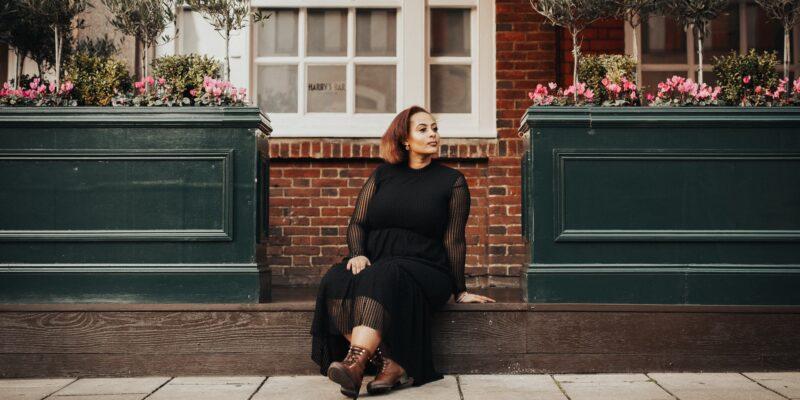 Fünf Stilregeln für Frauen mit Kurven