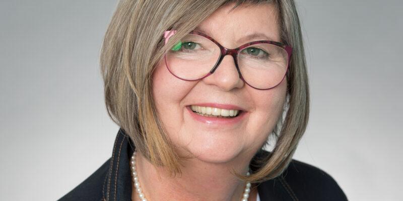 Claudia Behringer - Die finanzielle Freiheit für Frauen